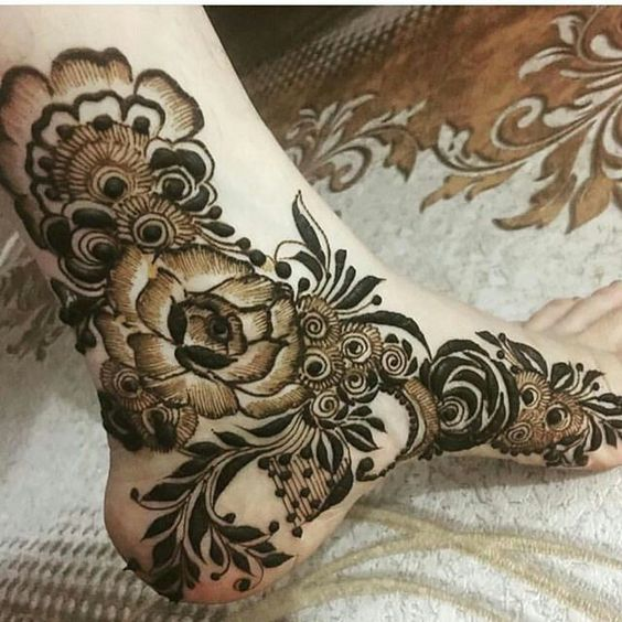 Ankle Henna Design