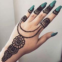 SImple Black Mehendi