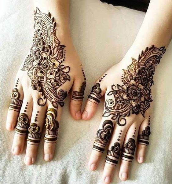 Simple Black Henna
