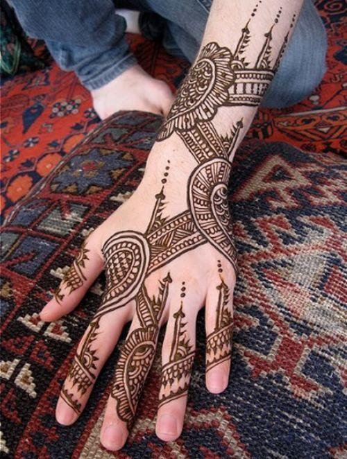 Paisley Henna On Hands
